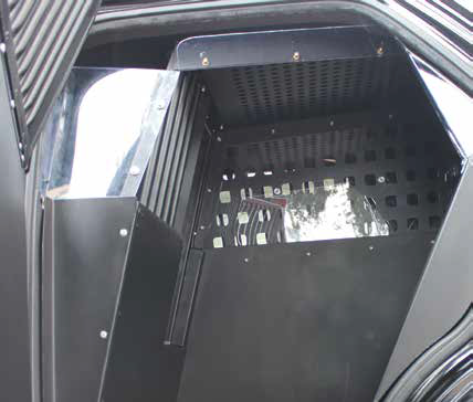 K9 2/3 Compartment